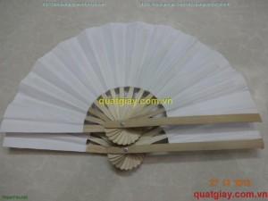 quạt giấy trắng